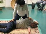 publiczny pokaz jogicznego masazu tajskiego warszawa 1.07 kurs masaz t
