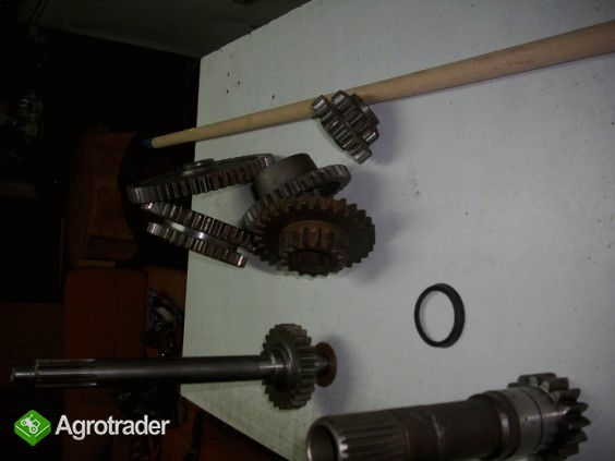 Zetor - 3011 - koła zębate skrzyni biegów - zdjęcie 4