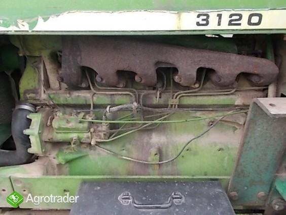 Ciągnik rolniczy John Deere 3120 - zdjęcie 7