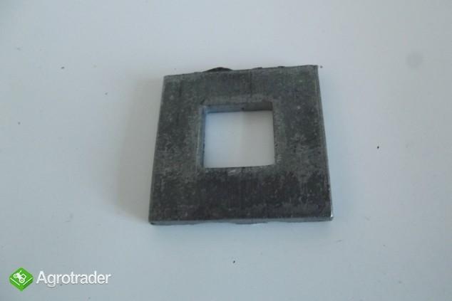 Podkładka śruby koła tylnego URSUS C 330    - zdjęcie 1