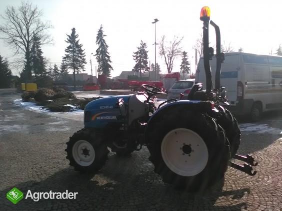 Ciągnik sadowniczy (kompaktowy) New Holland BOOMER 40 - zdjęcie 3