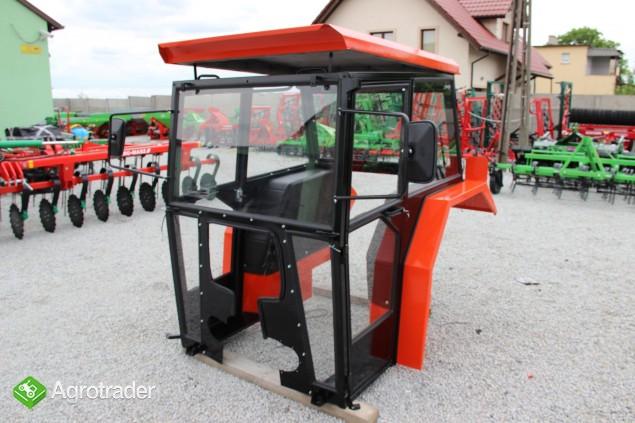 Kabina ciągnikowa do ciągnika MF 235 255 LUX z błotnikami CE