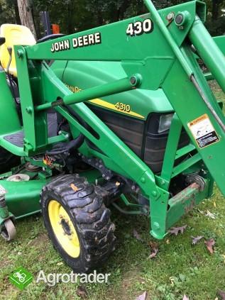 Ciągnik rolniczy John Deere 43IO +akcesoria - zdjęcie 2