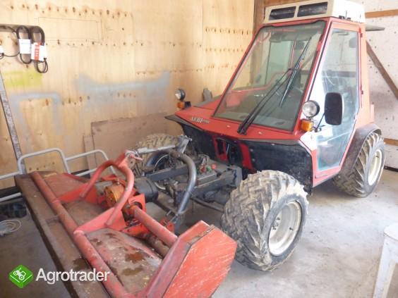 AEBI TT70S Specjalistyczny ciągnik górski + kosiarka AEBI Grass Rake - zdjęcie 5