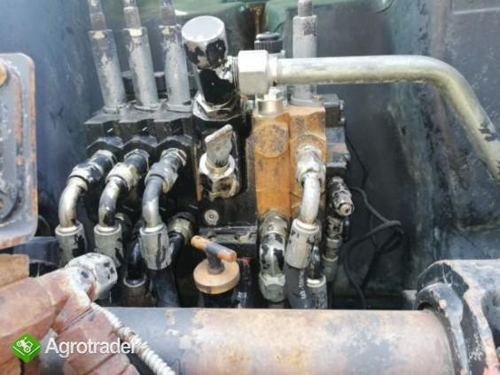 Rozdzielacz hydrauliczny Massey Ferguson 8210,8220,8240,8250,8260,8270