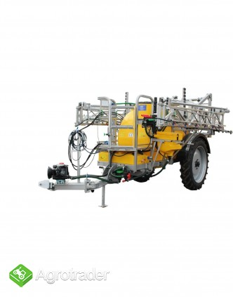 Opryskiwacz ciągany zaczepiany hydrauliczny  przyczepiany Tolmet Bruno